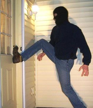 Prevent Door Kick-ins With The Best Protection