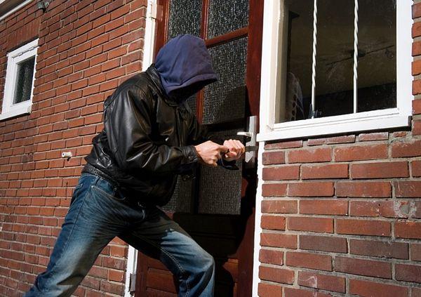 former-burglars-home-security